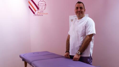Masaje con Acupuntura y recolocación vertebral por 19,90 €