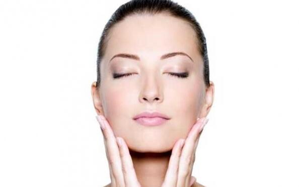 Tratamiento facial con velo de colágeno por 14,90€