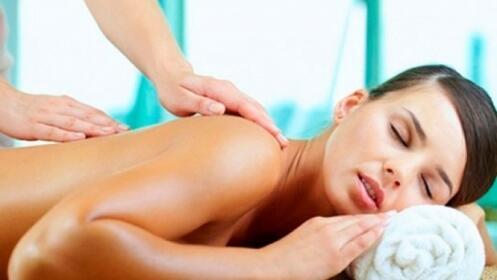 Masaje espalda, relajante o descontracturante por 16.90€