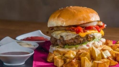 Menú Hamburguesa para dos personas por 17,50 €