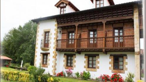 Alojamiento y desayuno para 2 en Cantabria
