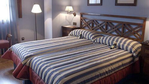 Visita a bodega + cata + noche de hotel ¡Opción a SPA!